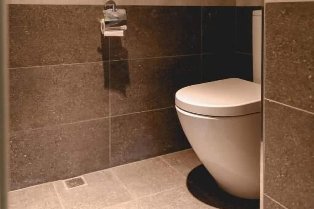 高級四人房 - 浴室