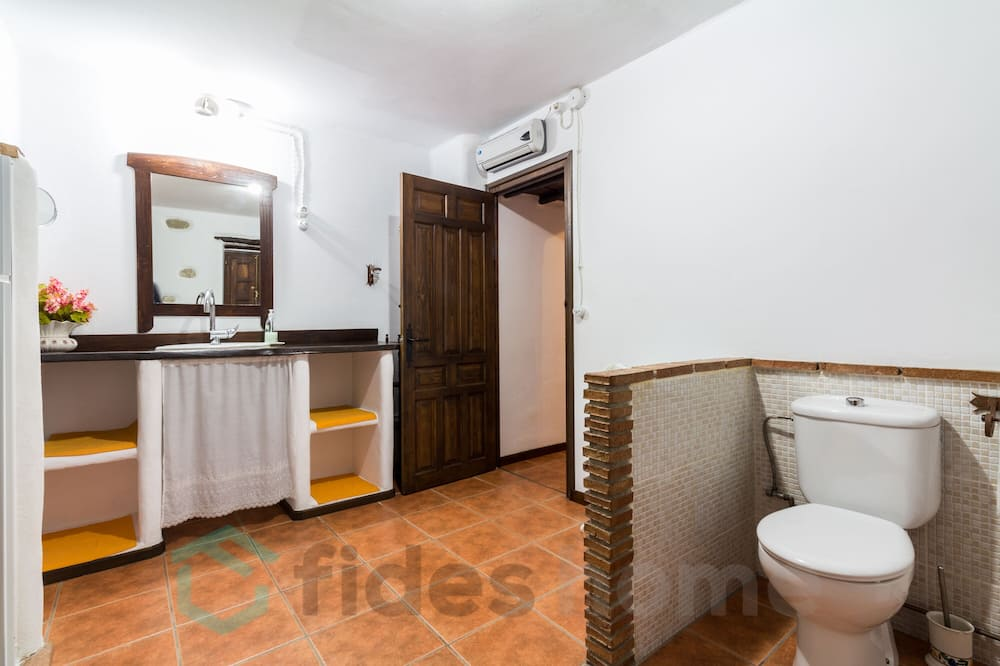 ハウス 6 ベッドルーム プライベートプール マウンテンビュー - バスルーム