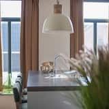 Luxurious Apartment With AC and Washing Machine, sea at 200m