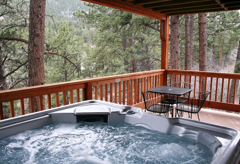Fawn Valley Inn 1 Bedrooms by Rocky Mountain Resorts, Estes Park, Idromassaggio all'aperto