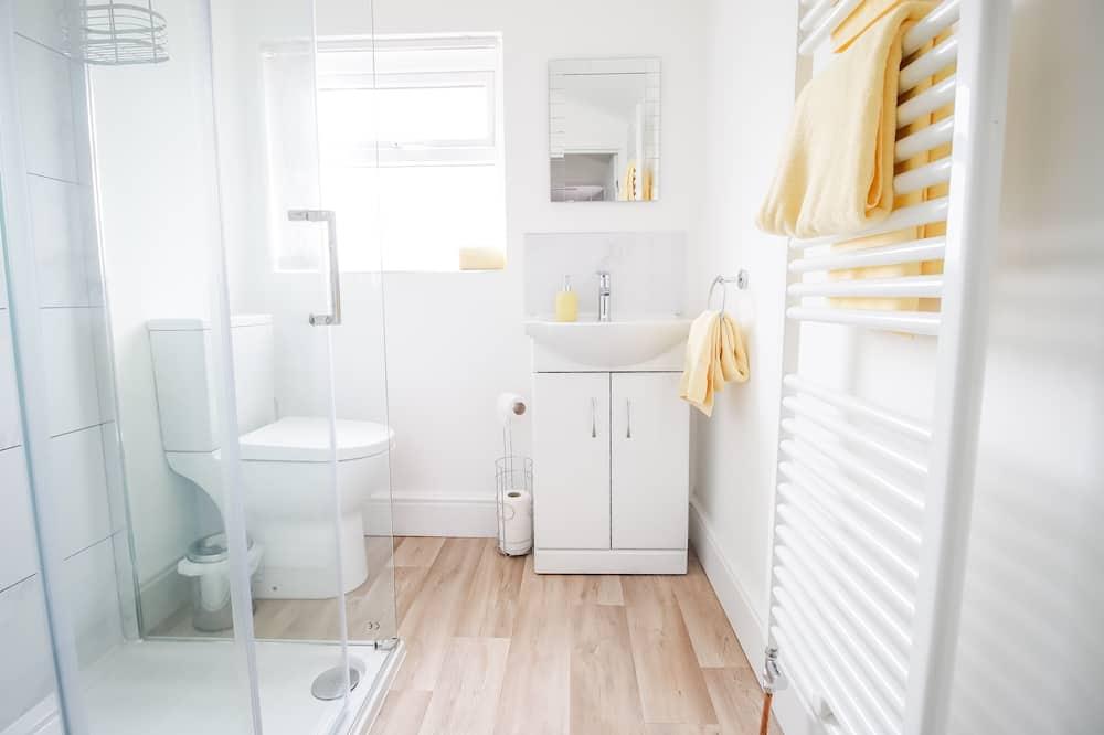 Apartmán typu Superior, súkromná kúpeľňa, výhľad na jazero (Sleeps 5) - Kúpeľňa