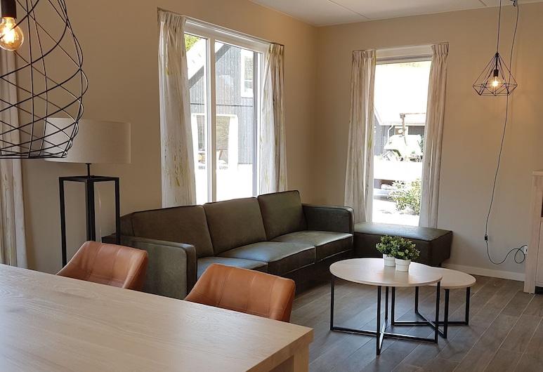 Cozy House With a Dishwasher in the Middle of the Achterhoek, Almen, Sala de estar