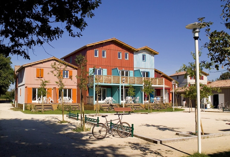 Cozy Apartment With Dishwasher, Near the Port of Le Teich, Le Teich