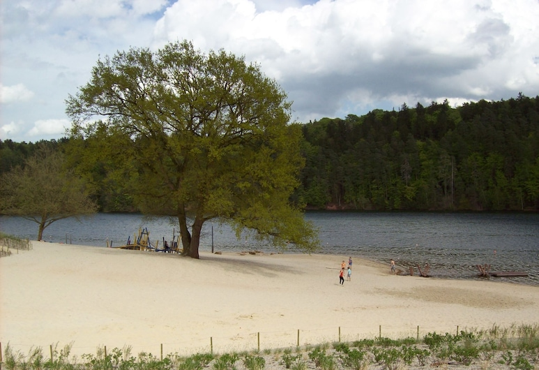 Detached, Wooden Holiday Home, Close to the Twistesee Lake, Bad Arolsen, Beach