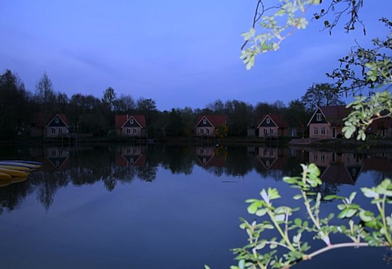 Detached Holiday Home With Wifi, 20 km From Assen, Westerbork, Buitenkant
