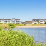 Luxury Apartment With Combi Microwave, 9 km. From Rockanje