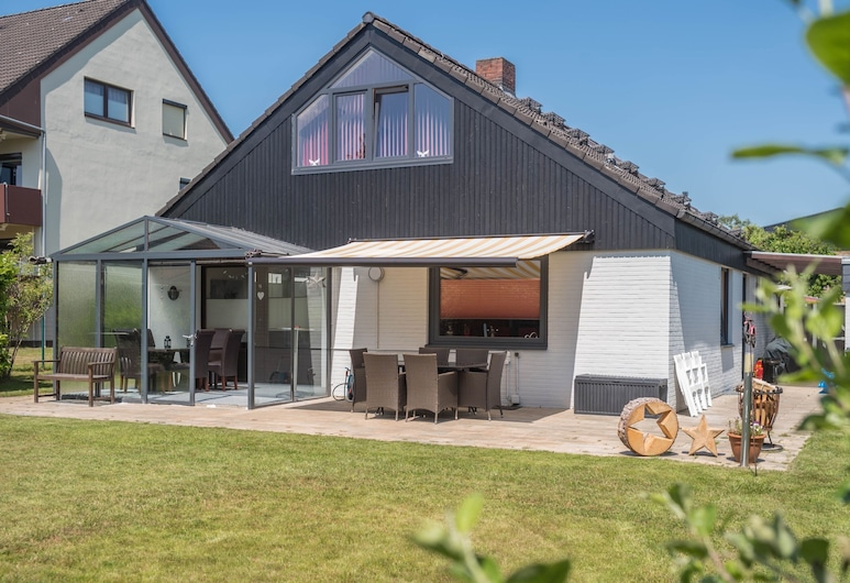 Bright Holiday Home Jäschke With a Garden, Conservatory, Terrace & Wi-fi; Pets Allowed, Bremerhaven, Balkong