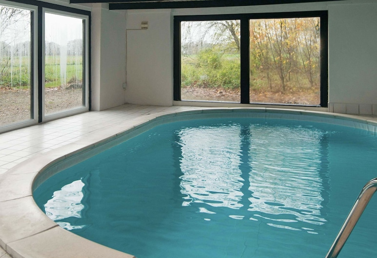 Peaceful Holiday Home in Hundslund With Swimming Pool, Hundslund, Pool