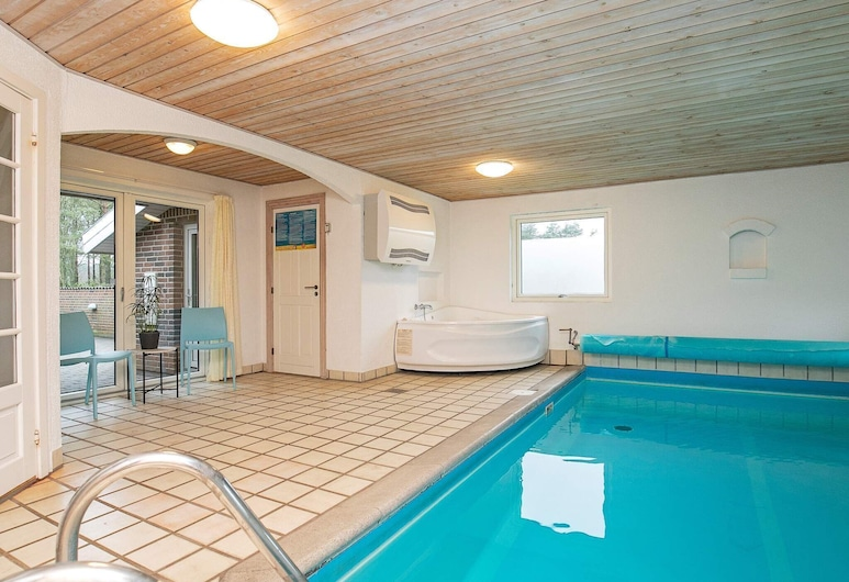 Quaint Holiday Home in Blåvand With Swimming Pool, Blavand, Pool