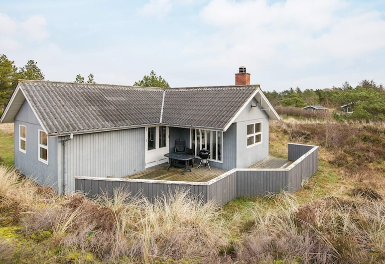 Boutique Holiday Home in Blåvand With Terrace, Blavand