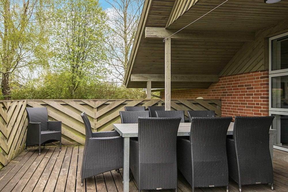 Holiday Home in Juelsminde With Sauna