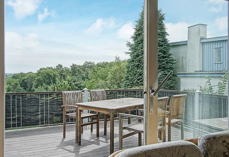 Stylish Apartment in Bornholm With Terrace, Allinge, Balcony