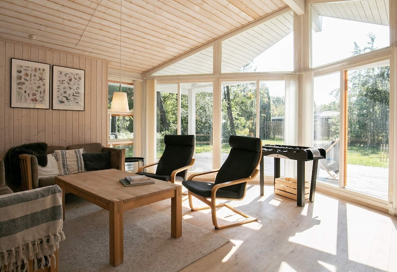 Excusive Holiday Home in Falster With Private Whirlpool, Gedser, Stue