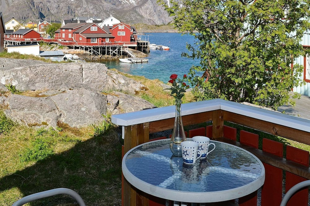3 Person Holiday Home in Henningsvær