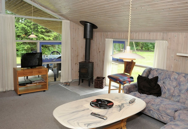 Charming Holiday Home in Ansager With Sauna, Ansager, Sala de estar