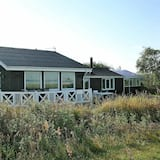 Exquisite Holiday Home in Løgstør With Sea Nearby