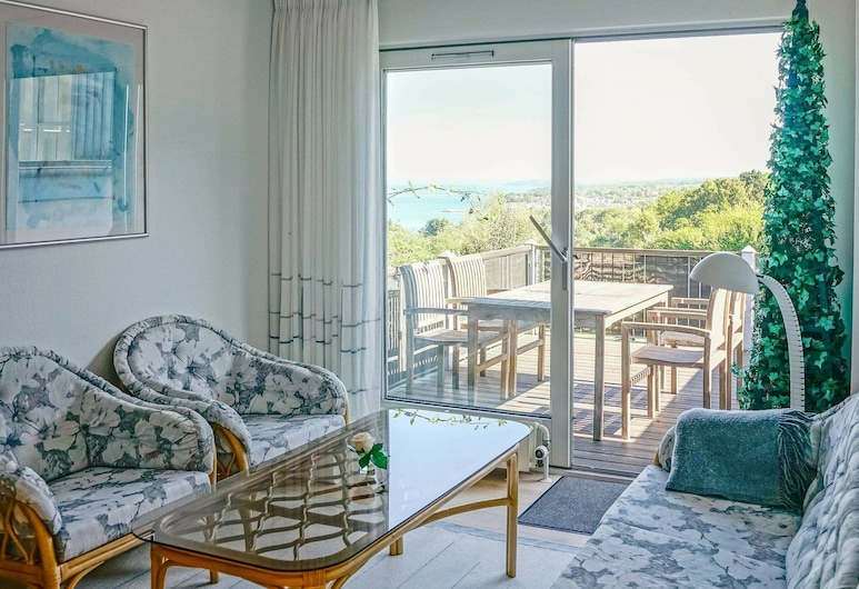 Chic Apartment in Bornholm With Terrace, Allinge, Stue