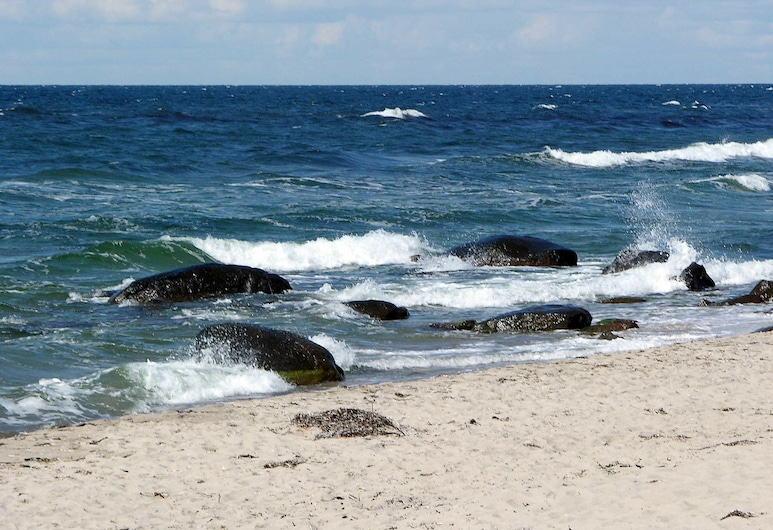 Quaint Holiday Home in Hasle Bornholm With Barbecue, Hasle, Playa