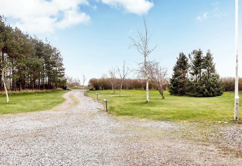 Colonial Holiday Home in Nordborg With Garden, Nordborg, Property Grounds