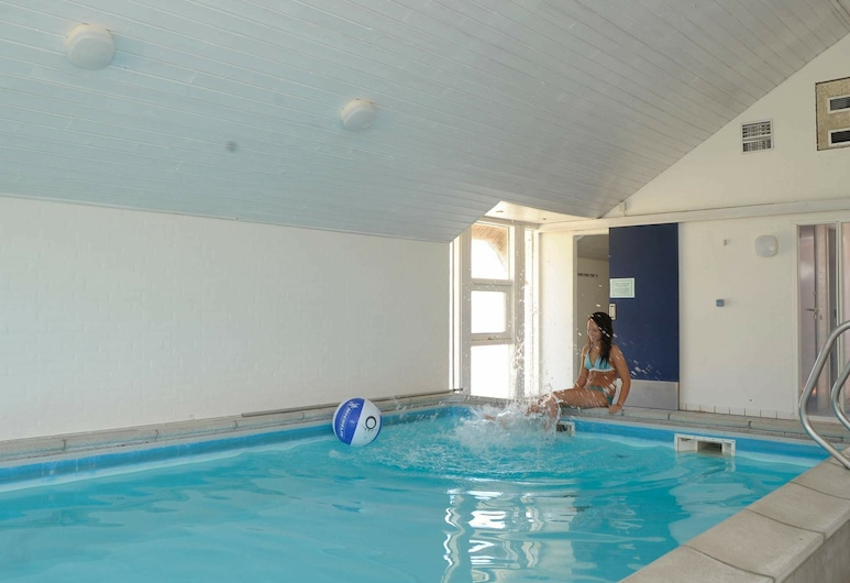 4 Person Holiday Home in Blåvand, Blavand, Kolam