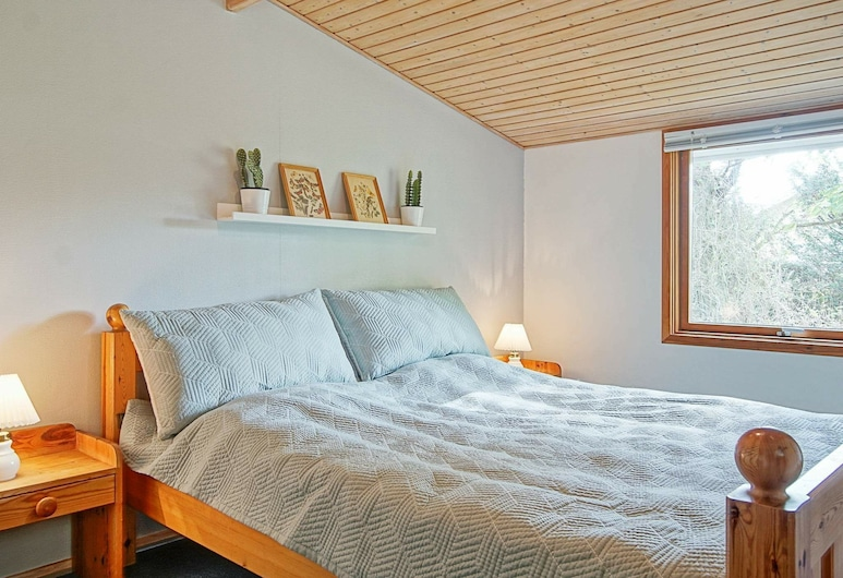 Cozy Holiday Home in Bornholm by the Sea, Nexo, Room