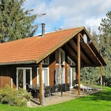 Restful Holiday Home in Stege Near Sea