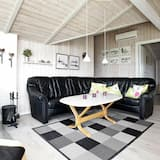Sprawling Holiday Home at Hvide Sande With Indoor Whirlpool