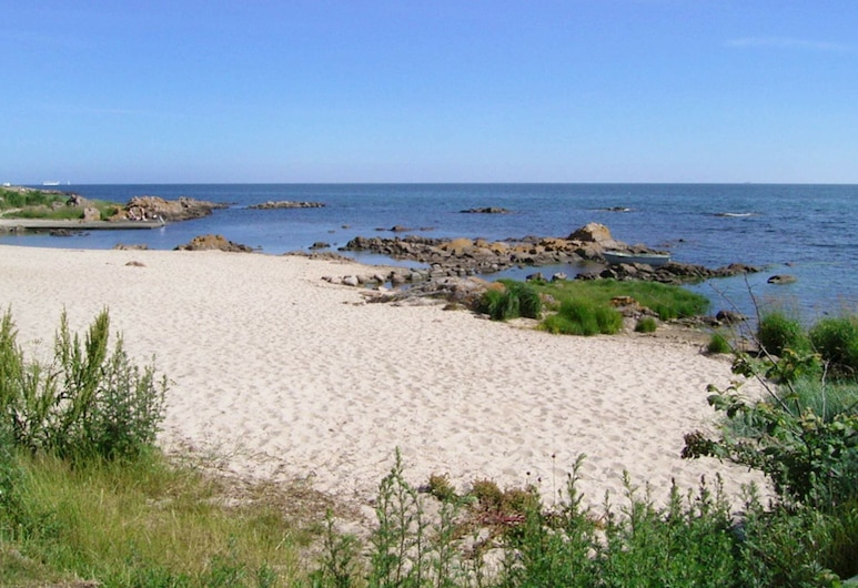 Modern Holiday Home in Allinge Bornholm With Sea View, Allinge