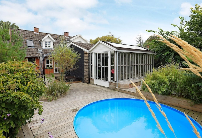 Modern Holiday Home in Funen With Private Pool, Millinge, Piscina