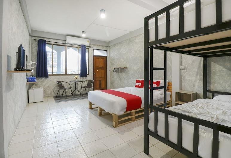 OYO 950 Casa De Takumi, Bangkok, Dvojlôžková izba typu Premium, spoločná kúpeľňa, Hosťovská izba