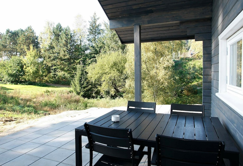 Quaint Holiday Home in Ebeltoft With Whirlpool, Ebeltoft, Balkón