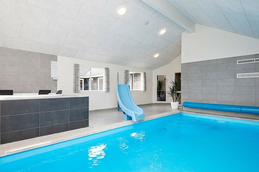 Palatial Holiday Home in Falster With Swimming Pool