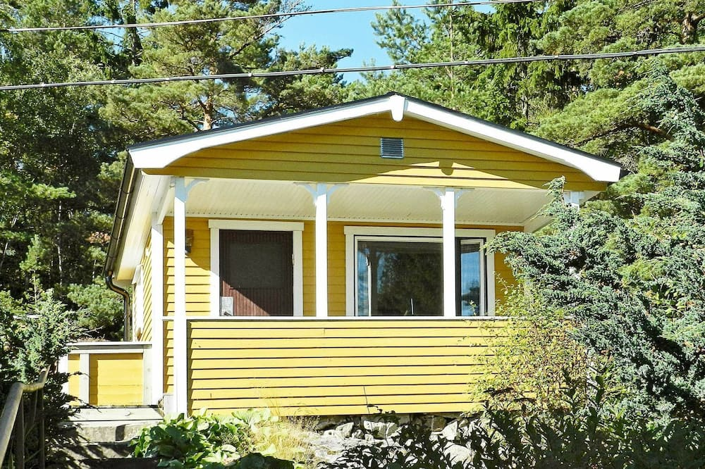 2 Person Holiday Home in Uddevalla