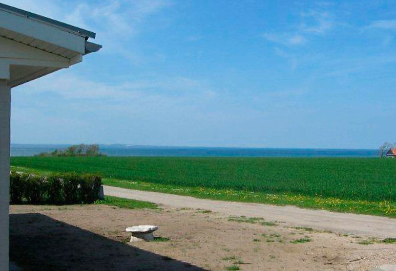 Comfortable Holiday Home in Bogense With Terrace, Bogense, Beach