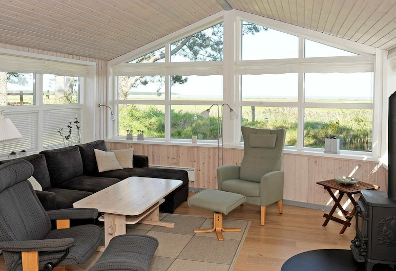 Cozy Holiday Home in Romo Jutland With Sea View, Romo, Wohnzimmer