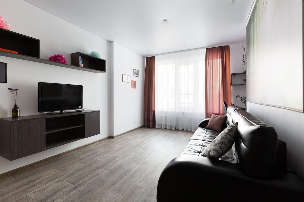 Business Room - Living Room