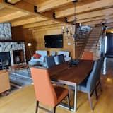 Chata, 4 ložnice, výhled na jezero - Obývací prostor