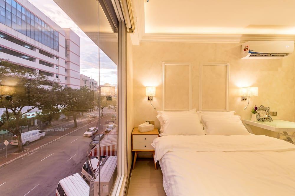Deluxe Double Room (CJ 1) - Guest Room