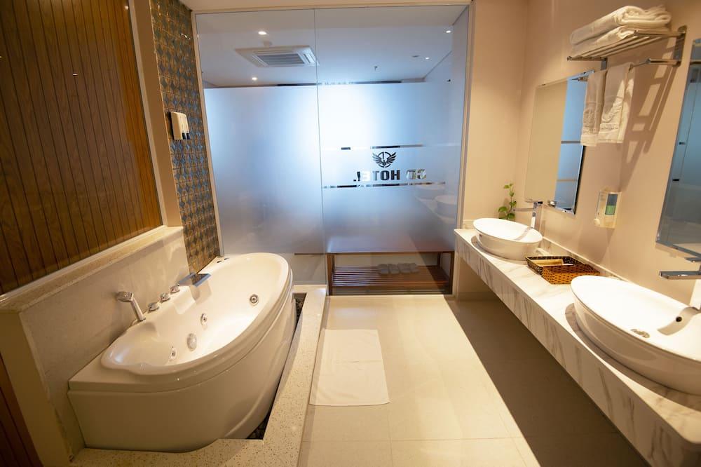 Family Room - Badezimmer