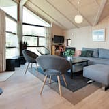 Spacious Holiday Home in Slagelse With Whirlpool