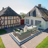 Rustic Holiday Home in Juelsminde With Terrace