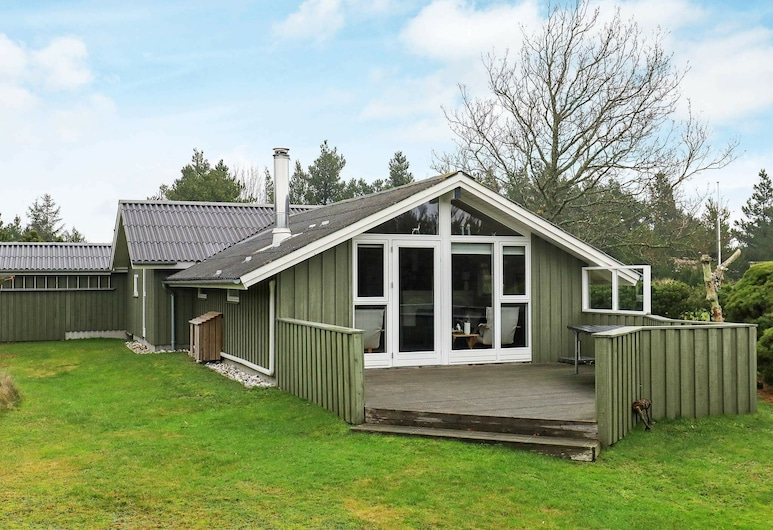 Remote Holiday Home in Jutland Near the Sea, Blavand