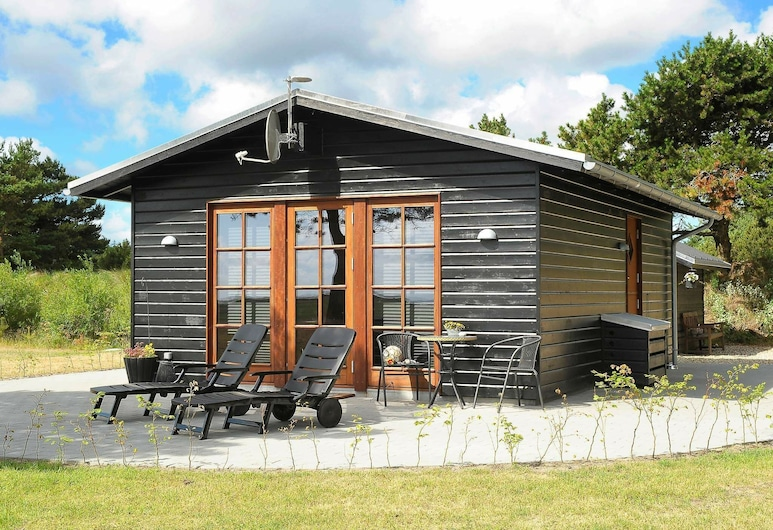 Cozy Cottage for 2 With Seaview in Blåvand, Blavand