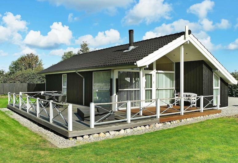 Enthralling Holiday Home in Hadsund Near Sea, Hadsund