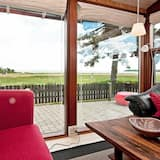 A Lavish Holiday Home in Juelsminde by the sea