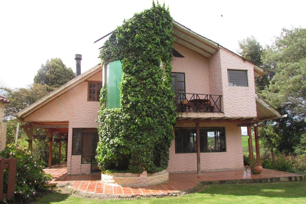 Guatavita Lake Farm House; Near, Confortable