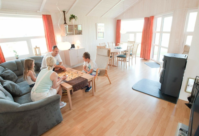 5 Star Holiday Home in Otterndorf, Otterndorf, Olohuone