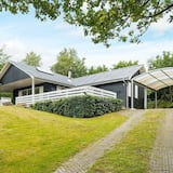 Gorgeous Holiday Home in Spøttrup With Roofed Terrace