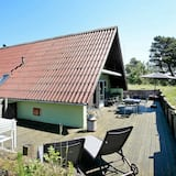 Spacious Holiday Home in Blavand With Jacuzzi