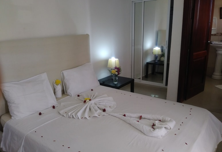 Private Room in Bibijagua Beach, 卡納角